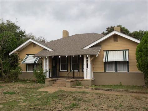 8121 mcgregor rd woodway tx 76712 for sale homes