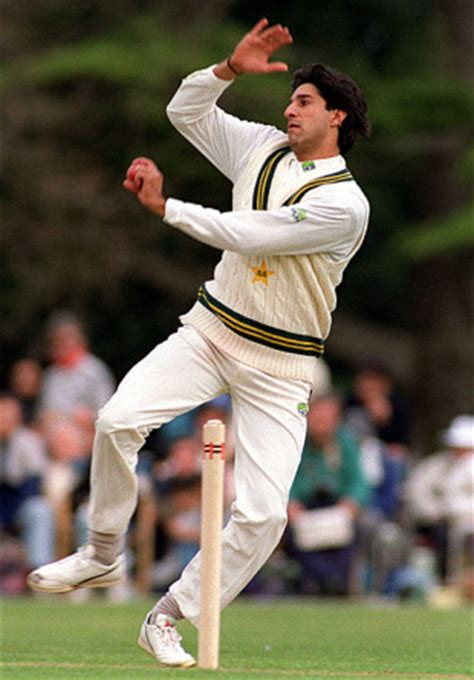 wasim akram swing 1000 images about bowlers on pinterest cricket brett