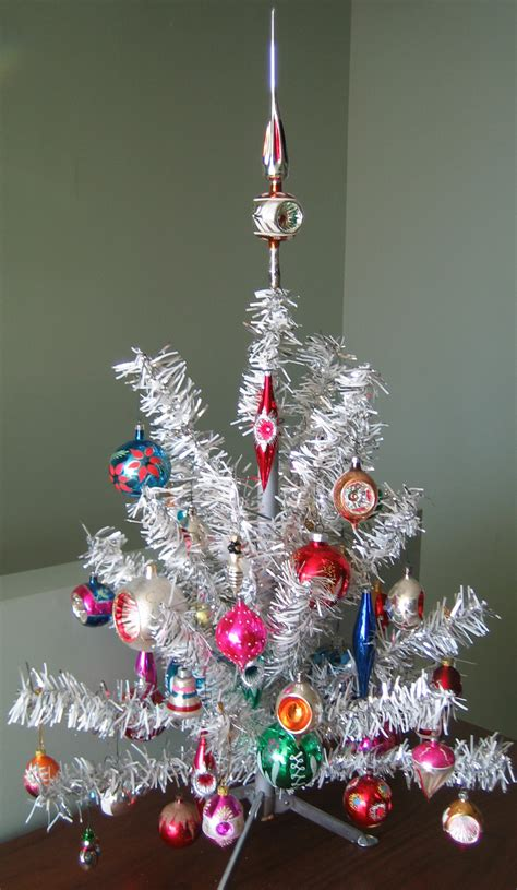 file aluminum christmas tree2 jpg wikipedia