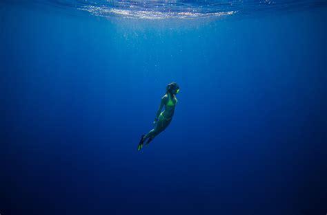 dive blue scuba diving without a tank scuba diver