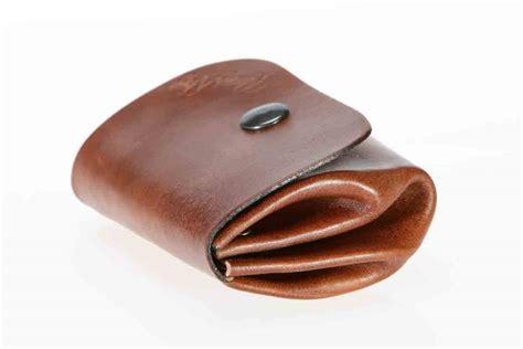 porte monnaie porte monnaie quot grand p 232 re quot en cuir petit mod 232 le ma