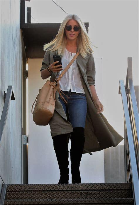 julianne chicago hair stylist julianne hough leaving the 901 hair salon in west