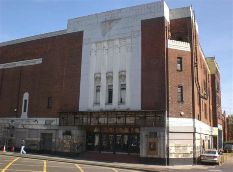 cineplex odeon kingston black hole reviews my local cinemas of the 1970s kingston