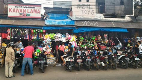 Tenda Anak Pasar Gembrong distributor mainan anak impor setelan bayi