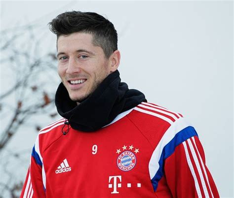 arsenal pertandingan robert lewandowski footballislife robert lewandowski