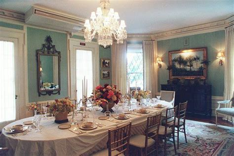 1900 s dining table inspiration for an edwardian style wedding table setting turn of the