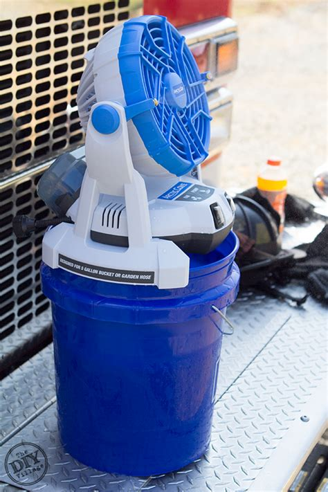 battery operated misting fan the arctic cove 18v bucket top mister