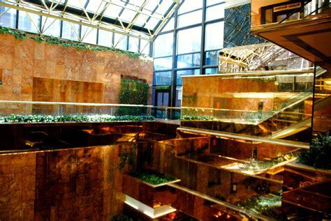 100 trumps gold room inside donald trump u0027s kastel bar u0026 lounge knr 100 trump tower gold room