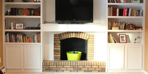 10 images about ugly house makeovers on pinterest remodelaholic 25 best diy fireplace makeovers