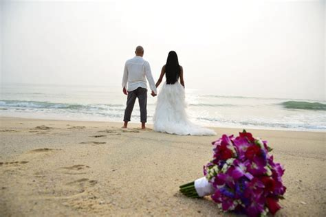 Thai   Western Wedding Ceremony Style : Silver Package