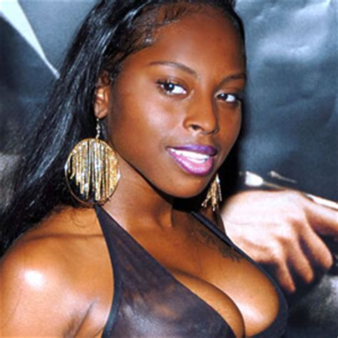 Foxy Brown Arrested by Sohh Foxy Brown S Flees From Ny Cops