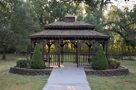 what is the difference between a gazebo and a pergola pergola vs gazebo american deck and patio