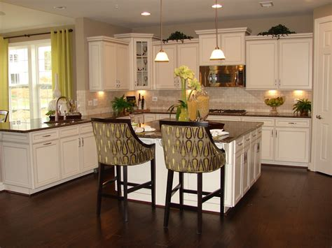 This is my dream kitchen but it is a richmond homes kitchen i fell in