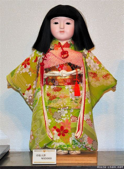 japanese doll 30 must souvenirs from japan and some travel tips