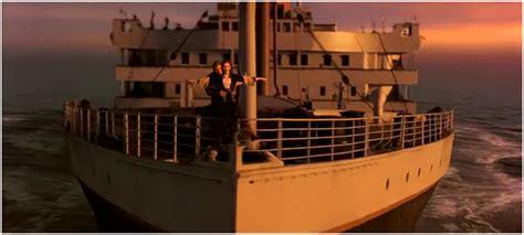 titanic front boat scene image je vole 2 png wiki titanic fandom powered by wikia
