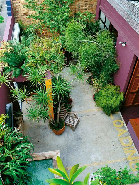 Small Garden Ideas Creative Uses For Small Spaces Hgtv Gardening Ideas For Small Gardens