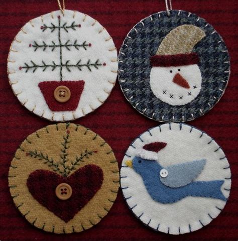 wool applique penny rugs and folk art on pinterest