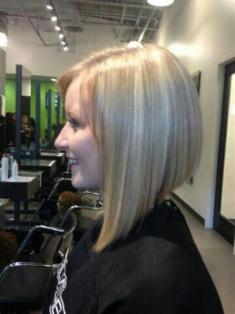triangle bob haircut 7 best hair cuts one length above the shoulders images on