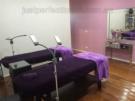 eyelash extension table classic eyelash extensions just touch