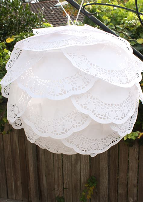 How To Make Paper Lace Doilies - diy paper doily lanterns 183 ruffled