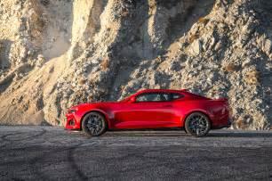 Chevrolet Camaro Zl1 2017 Chevrolet Camaro Zl1 Test Review Motor Trend
