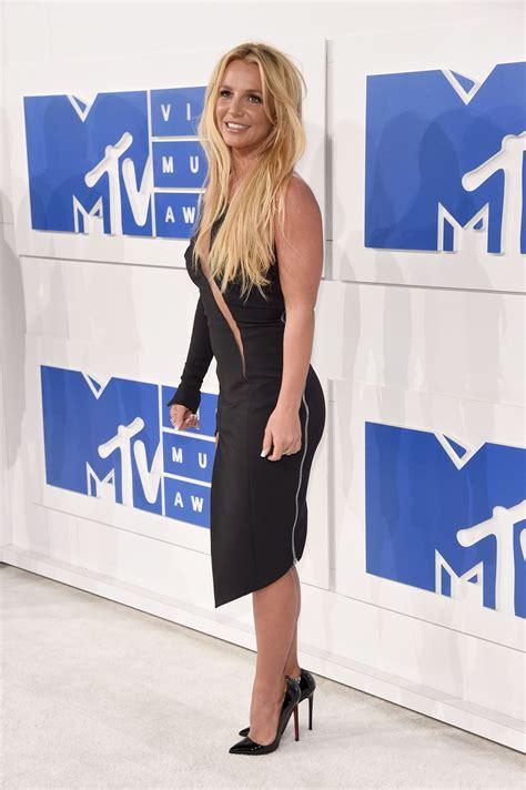 BRITNEY SPEARS at 2016 MTV Video Music Awards in New York ... Britney Spears