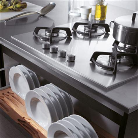 lavastoviglie sotto piano cottura impara a pulire il piano cottura