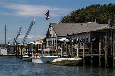 carefree boat club woodbridge va the no hassle gang chick s oyster bar carefree boat club