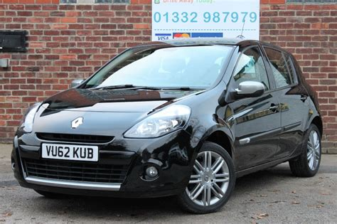 renault clio 2012 black renault clio dynamique tomtom 2012 review car obsession