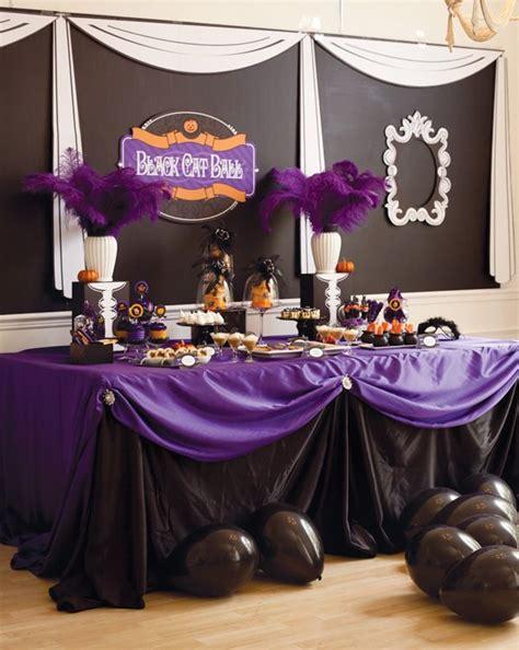 43 cool halloween table d 233 cor ideas digsdigs black cat ball kid s halloween party purple halloween