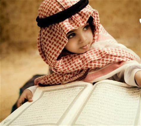Jilbab Bayi Arab foto anak bayi muslim muslimah