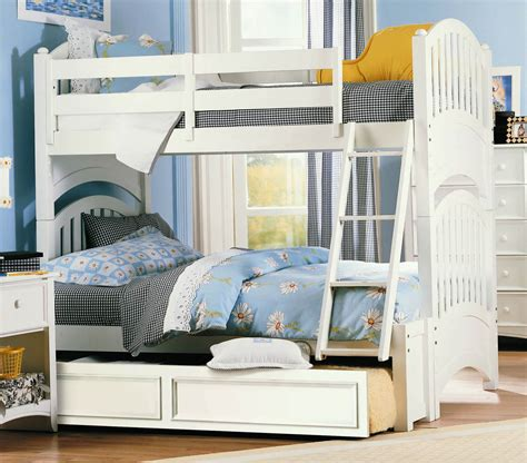 bunk bed tray bunk bed tray small bedroom white bunk beds with stairs
