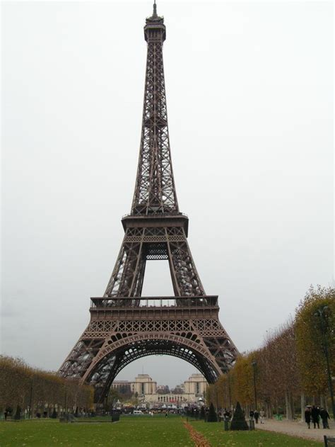 home of the eifell tower france sose home