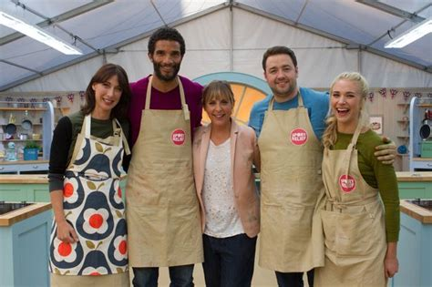 uk sports celebrities who is in the great sport relief bake off 2016 the 16
