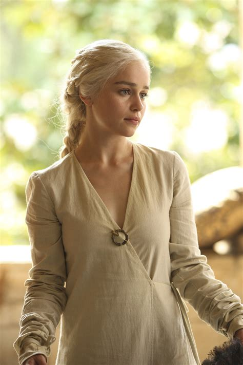 emilia clarke game of thrones the best khaleesi hair on game of thrones daenerys best