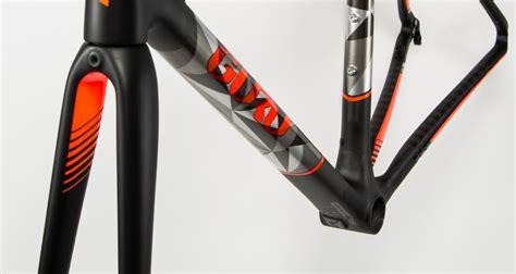 Sale Tulip Showy Grafity 3 4 Cup Black Sbr 002115 Bk custom carbon bike painting style by modernstork