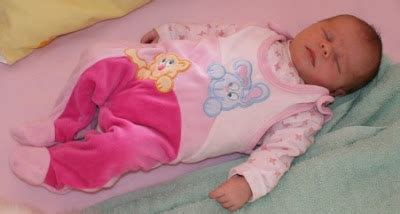 wann schlafen stillkinder durch durchschlafen wann schl 228 ft mein baby endlich durch