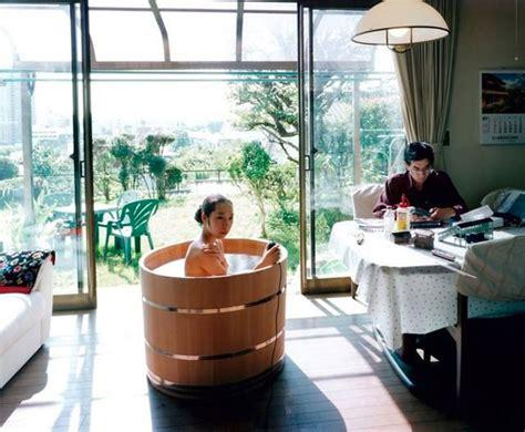 japanische sitzbadewanne japanese wooden ofuro tub jebiga design lifestyle