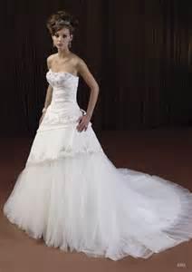 beautiful white wedding dresses beautiful white wedding dresses wedwebtalks