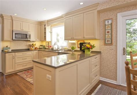 chicago kitchen designers kitchen remodeling chicago butterscotch kitchen traditional kitchen chicago
