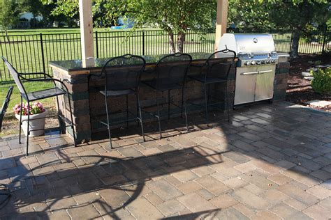 outdoor kitchen contractor baron landscaping 187 outdoor kitchen contractor cleveland