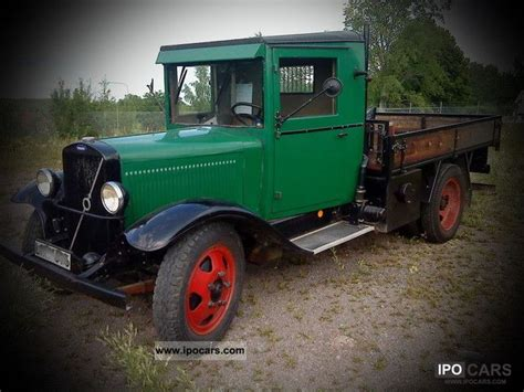 old volvo trucks 1933 volvo lv71 car photo and specs