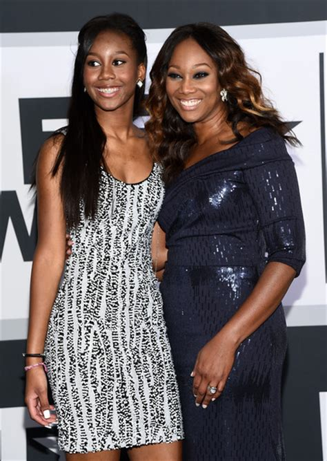 yolanda adams daughter taylor ayanna crawford taylor ayanna crawford photos photos bet awards 14