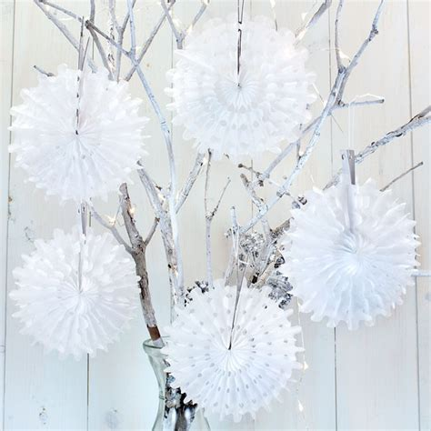 5 white mini honeycomb snowflake decorations pipii