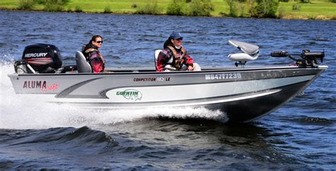 alumacraft bass boat reviews alumacraft competitor 185 le review boat