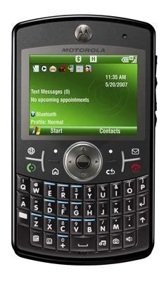 Ces 2007 Press N Sniff Razr by Motorola Se D 233 Clare Quot Pr 234 Te Quot 224 Combattre L Iphone D Apple