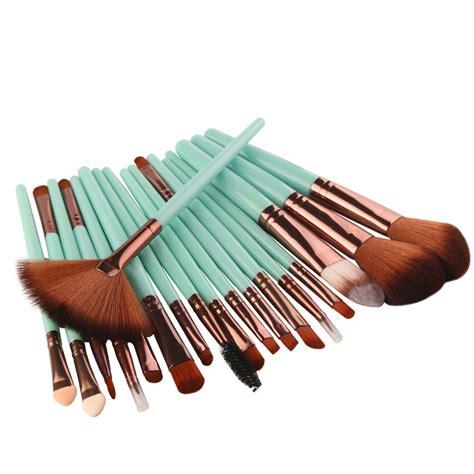 Brush 18 Pcs new 18 pcs makeup brush lip tools make up toiletry kit