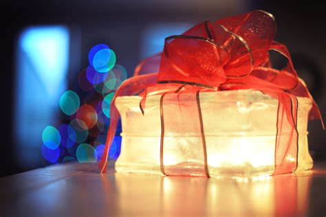 Free picture: gift, light, packaging, party, ribbon