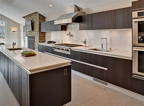triangle design kitchens top 25 ideas about kitchen triangle on pinterest kitchen