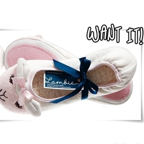 bath and works slippers 71 bath works other b bw lambie slippers